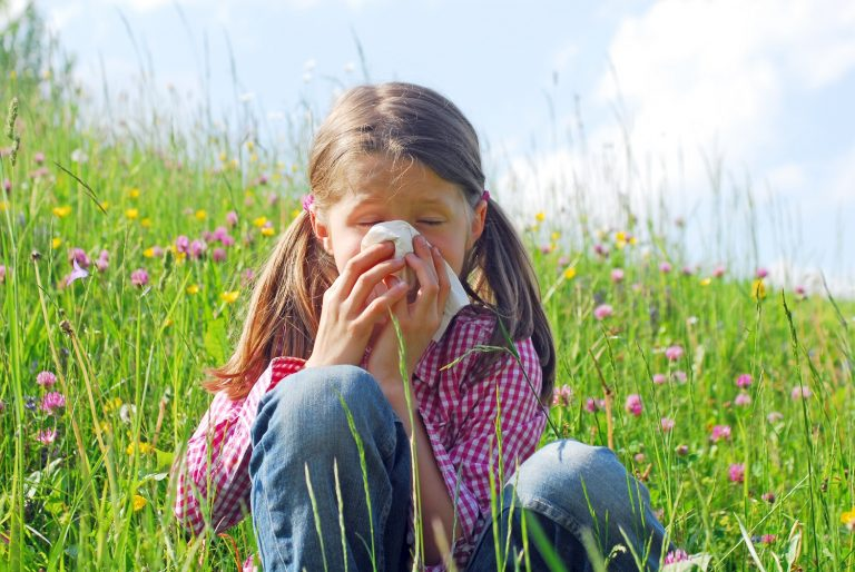 Allergic Rhinitis:  Causes and Natural Cures