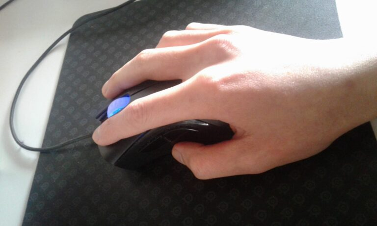 Best Gaming Mice For Claw Grip Users