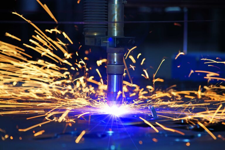 Which Industries Benefit From The Use Of Plasma Cutters?
